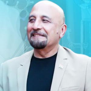 Mr. Rakesh Bakshi,Founder
