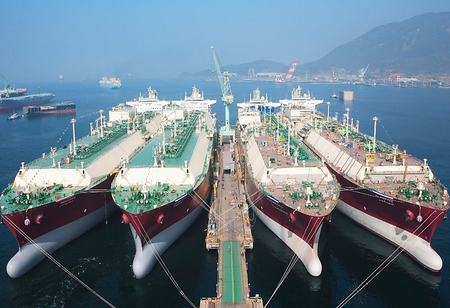 Global LNG demand increases most since pandemic dashed trade