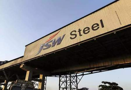 JSW Steel: Maintain 'hold' with revised aim of Rs 682