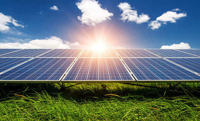 GUVNL withdraws subsidy, leaves 4,000 solar projects stranded