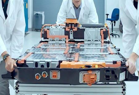 Ford to manufacture batteries for its upcoming electric vehicles