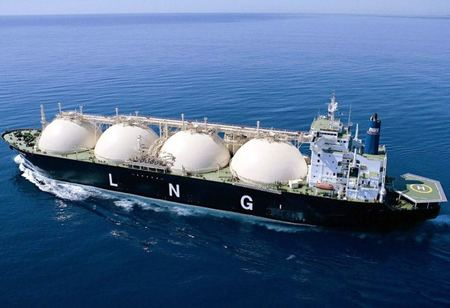 India manages with LNG oversupply as virus dashes demand