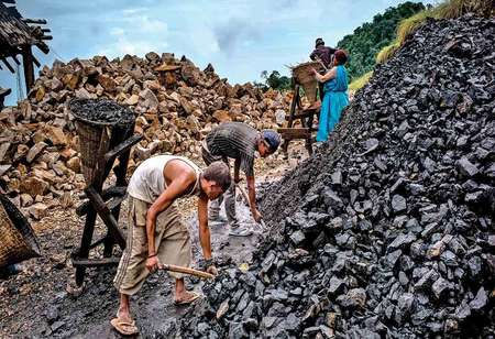 Coal India expected to post marginal production degrowth in FY21
